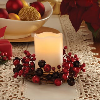 Apothecary & Company LED Cranberry Wreath with Flameless Candle