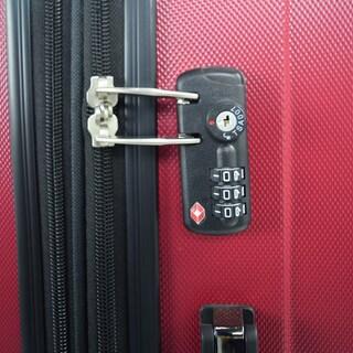 Traveler's Club Chicago 3-Piece Hardside Expandable Double-Spinner Luggage Set