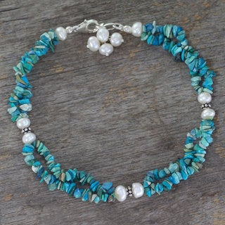 Sterling Silver 'Song of Summer' Turquoise Pearl Anklet (6 mm) (India)