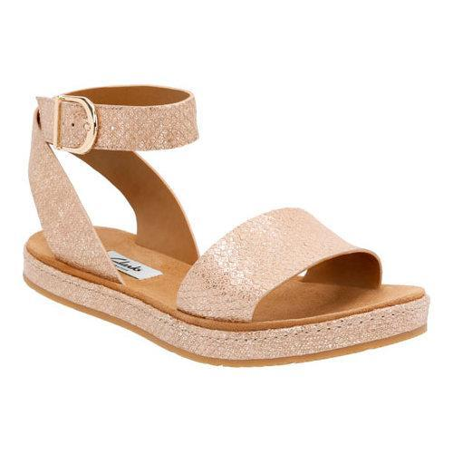 5ad090abb Shop Women s Clarks Romantic Moon Champagne Metallic - Free Shipping Today  - Overstock - 11785392