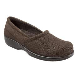 Women's SoftWalk Adora Brown/Dark Bronze Metallic Embossed Circle Leather|https://ak1.ostkcdn.com/images/products/106/928/P18706270.jpg?impolicy=medium