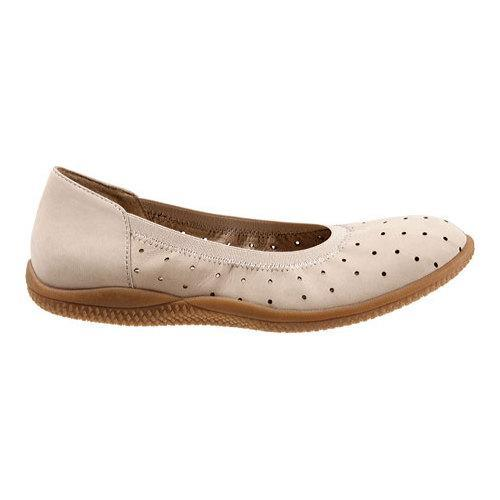 Women's SoftWalk Hampshire Ballerina Flat Sand Nubuck Leather - Free  Shipping Today - Overstock.com - 18706231
