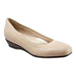Women's Trotters Lansing Nude Perfed Leather