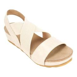 Women's White Mountain Savage Strappy Sandal Nude Smooth Synthetic