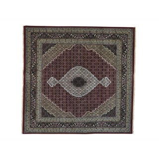 Square Wool and Silk Tabriz Mahi Hand-knotted Oriental Rug (8' x 8'1)