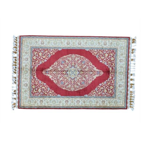 Red Silken Kashan 400 KPSI Hand-knotted Oriental Rug (4' x 6')