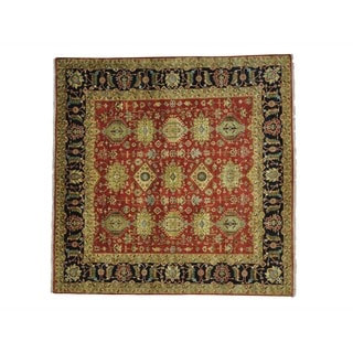 Square Hand-knotted Karajeh Wool Oriental Rug (9'9 x 9'10)