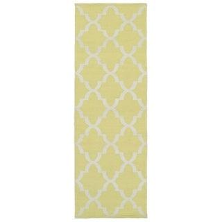 Indoor/Outdoor Laguna Yellow and Ivory Trellis Flat-Weave Rug (2'0 x 6'0)
