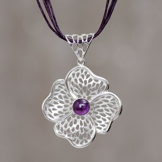 Handmade Sterling Silver 'Enchanted Poppy' Amethyst Necklace (Peru)