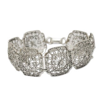 Handcrafted Sterling Silver 'Sumak' Bracelet (Peru)