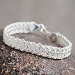Handcrafted Sterling Silver 'Byzantine' Bracelet (Peru)