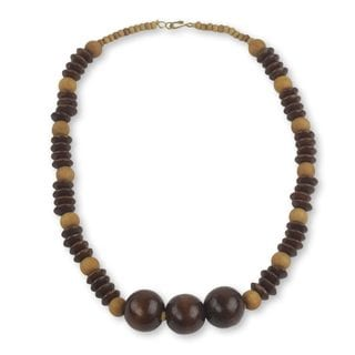 Handcrafted Sese Wood 'Dzidudu in Dark Brown' Necklace (Ghana)