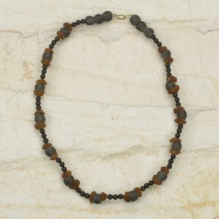 Handcrafted Recycled Glass 'Akan Akoma' Necklace (Ghana)