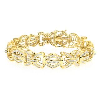 Luxurman 10k Yellow Gold Men's 8ct TDW Baguette Diamond Bracelet (H-I, SI1-SI2)