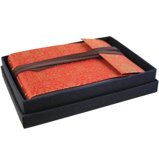 Handmade Red and Gold Sari Silk Picture Photo Album (India)