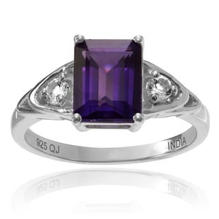 Journee Collection Sterling Silver 1 4/5 ct Amethyst and Topaz 3-stone Ring