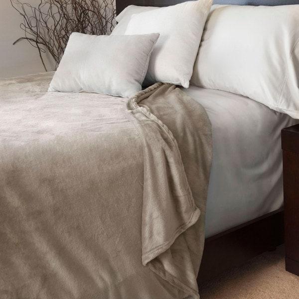 Windsor Home Super Soft Flannel Blanket (Full/ Queen)