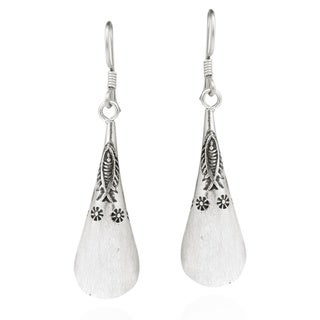 Tribal Fish and Flower Karen Silver Dangle Earrings (Thailand)