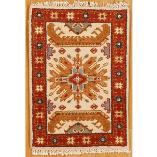 Kazak Hand-knotted Ivory and Red Accent Rug (India)