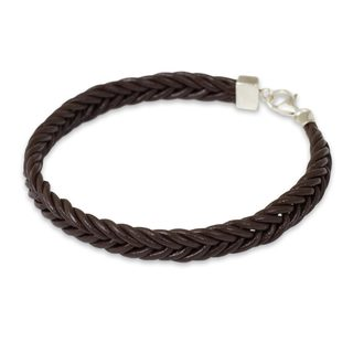 Handcrafted Leather 'Assertive in Brown' Bracelet (Thailand)