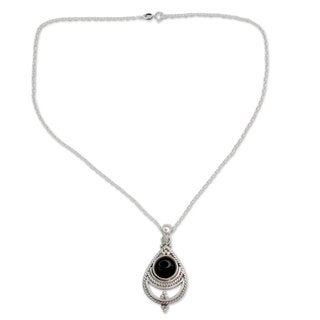 Handcrafted Sterling Silver 'Black Magic' Onyx Necklace (India)