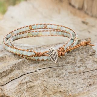 Handmade Silver Leather 'Hill Tribe Dew in Brown' Amazonite Bracelet (Thailand)