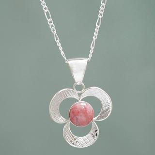 Handmade Sterling Silver 'Pink Andean Clover' Rhodonite Necklace (Peru)