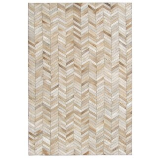 Hand-stitched Tan Chevron Cow Hide Leather Rug (5' x 8') - 5' x 8'