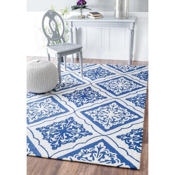 Nuloom Handmade Indoor Outdoor Medallion Tiles Blue Rug