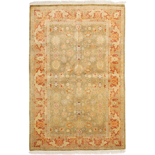 Royal Hand Knotted Area Rug - Red - 4 x 6
