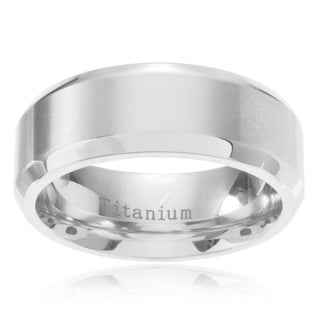 Men's Titanium Brushed Center Beveled Edge Wedding Band