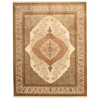 Herat Oriental Indo Hand-knotted Kerman Ivory/ Gold Wool & Silk Rug (8' x 10'1)