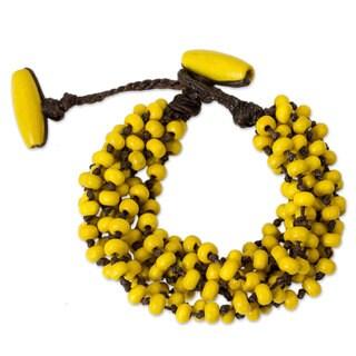 Handcrafted Littleleaf Boxwood 'Phrae Belle' Bracelet (Thailand)
