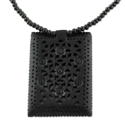 Handmade Ebony Wood 'Mughal Mystique' Necklace (India)