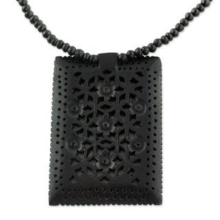 Handcrafted Ebony Wood 'Mughal Mystique' Necklace (India)