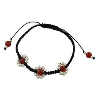 Sterling Silver 'Jaipuri Blossom' Carnelian Bracelet (India)