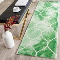 Safavieh Handmade Dip Dye Watercolor Vintage Green/ Ivory Wool Rug (2'3 x 8')