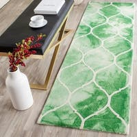 Safavieh Handmade Dip Dye Watercolor Vintage Green/ Ivory Wool Rug - 2'3 x 6'