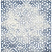 Safavieh Handmade Dip Dye Watercolor Vintage Blue/ Ivory Wool Rug - 7' Square