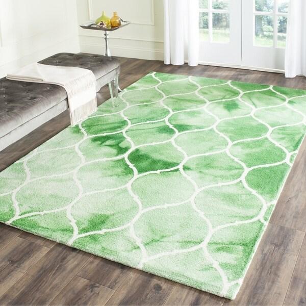 Safavieh Handmade Dip Dye Watercolor Vintage Green/ Ivory Wool Rug - 3' x 5'