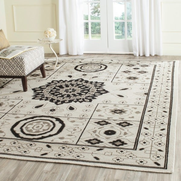 Safavieh Hand-Knotted Kenya Ivory/ Grey Wool Rug - 9' x 12'