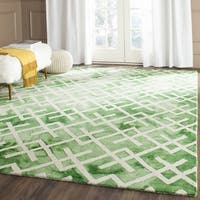 Safavieh Handmade Dip Dye Watercolor Vintage Green/ Ivory Wool Rug (5' x 8')