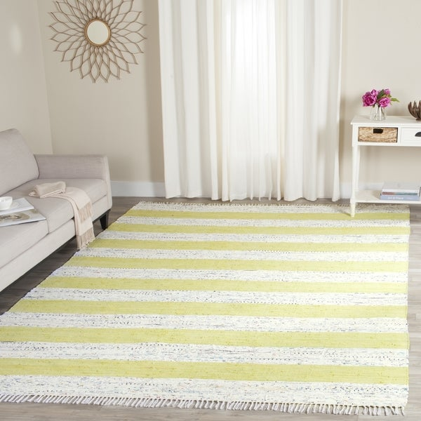 Safavieh Hand-Woven Montauk Ivory/ Light Green Cotton Rug - 8' x 10'