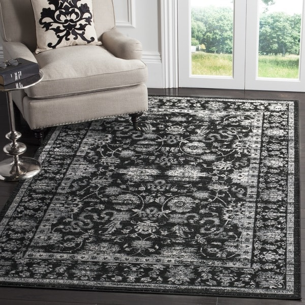 Safavieh Vintage Oriental Black/ Light Grey Distressed Rug (5'1 x 7'7)