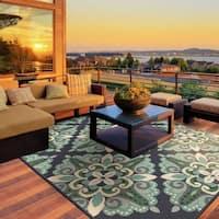 Havenside Home Lewisburg Medallion Blue/ Green Indoor/ Outdoor Area Rug (3'7x5'6) - 3'7 x 5'6