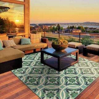 "Havenside Home Lewisburg Floral Blue/ Green Indoor-Outdoor Area Rug (3'7 x 5'6) - 3'7"" x 5'6"""