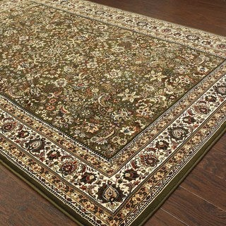 Updated Old World Persian Flair Green/ Ivory Rug (4'x5'9) - 4' x 6'