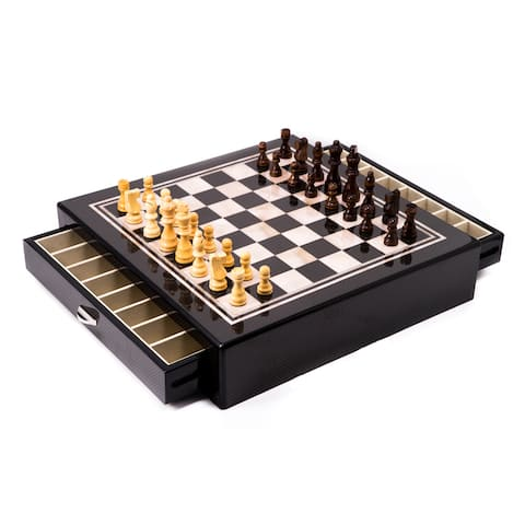 Bey Berk 'Astin' Lacquered Chess Set