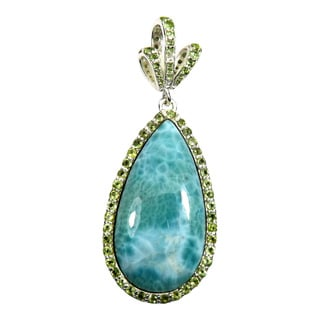 Hand-crafted Sterling Silver Larimar and Peridot Pendant Necklace (India)
