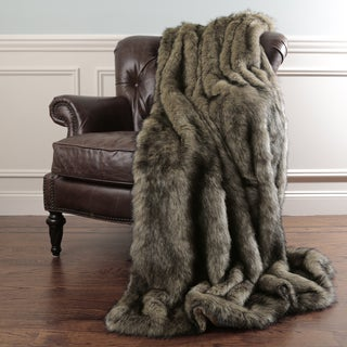 Aurora Home Tawny Fox Faux Fur Throw Blanket by Wild Mannered